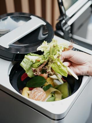 นวัตกรรมย่อยสลายขยะเปียกในโครงการของแสนสิริ - Sansiri Green Mission - Food Waste Machine
